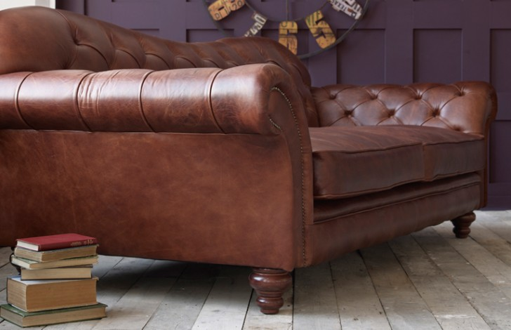 Arundel vintage Leather Sofa - Chesterfield Company