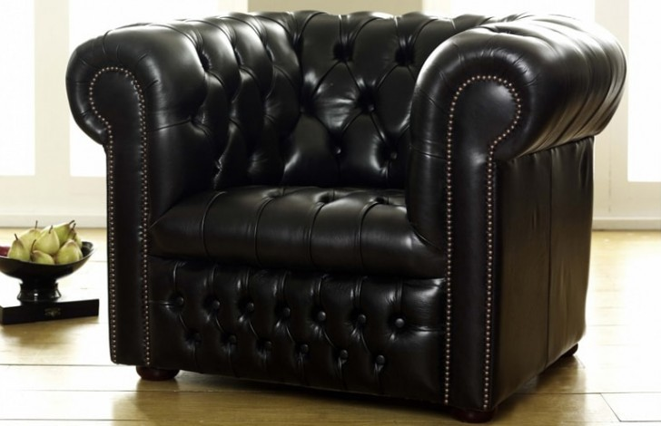 a88b92d2e2256 Ludlow Black Leather Chesterfield Armchair