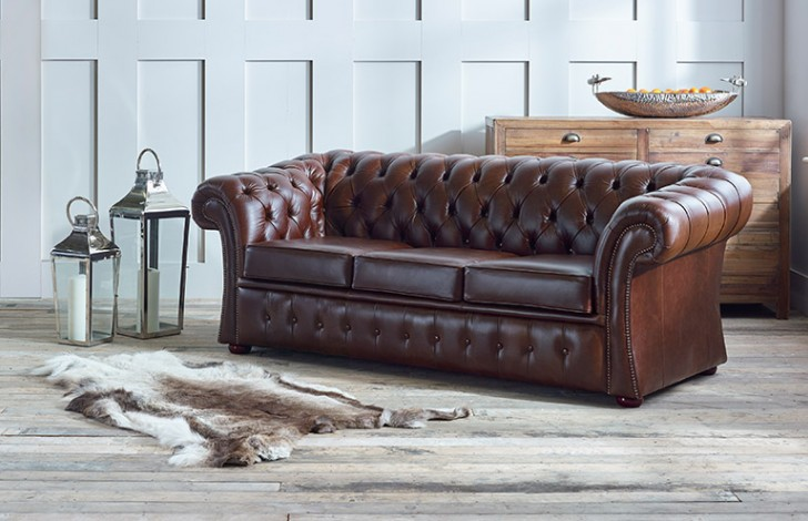 Gladbury Traditional Leather Sofa
