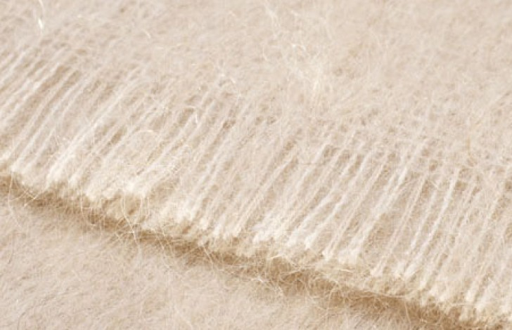 Mohair Throw Blonde