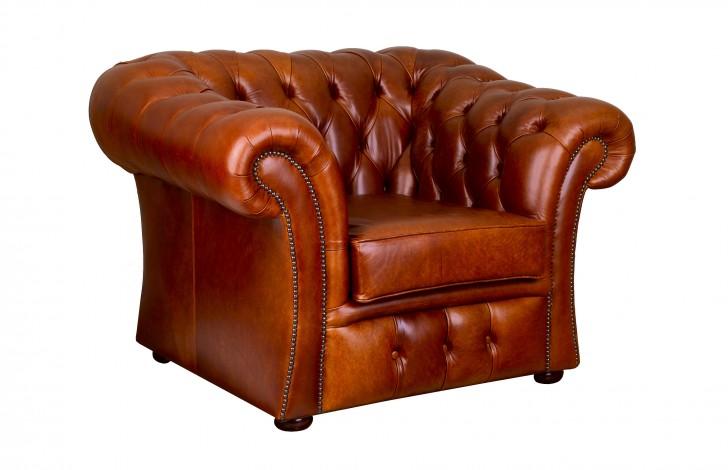 Gladbury Traditional Leather Sofa