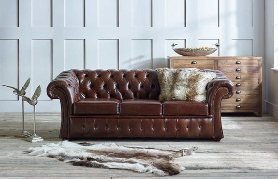 Gladbury Traditional Leather Sofa - 2 Seater - Fox
