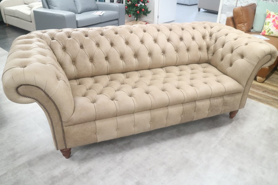 Balston Black Leather Chesterfield - 3 Seater - Selvaggio Hare