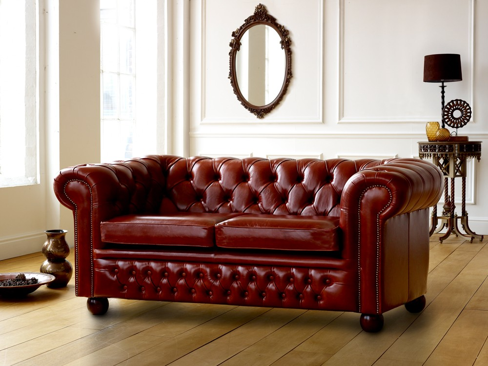 Claridge leather chesterfield sofa Leather chesterfield loveseat