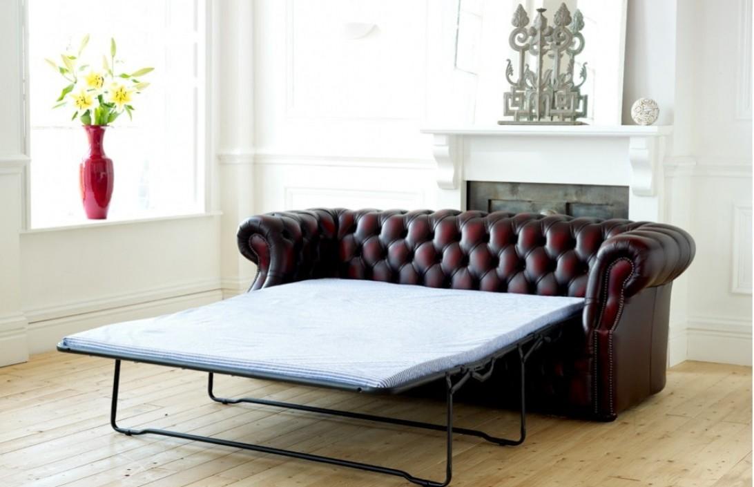 1973 Richmond Leather Chesterfield Sofa