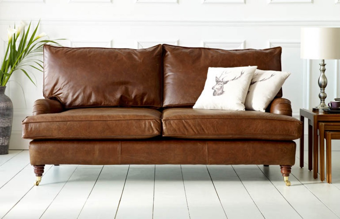 Downton Vintage Leather Sofa The Chesterfield Company