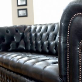 What makes a sofa a Chesterfield Sofa?